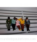 Greenhills F793 Scalextric Carrera Group of 5 Hand Painted Seated Spectators 1.32 Scale - New